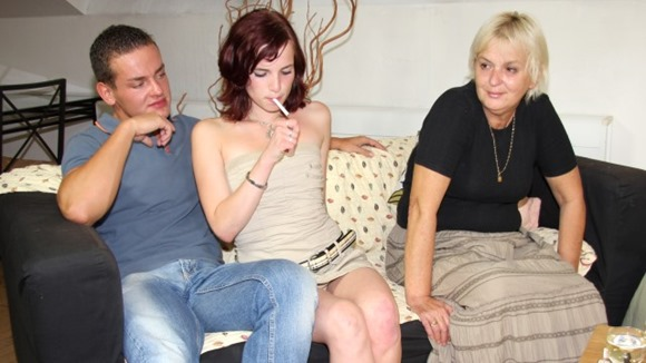 threesome-with-hot-mom